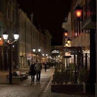 В свете красных фонарей :: Ирина Климова