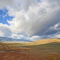 В краю где небо сливается с землей. :: Валентин Миф