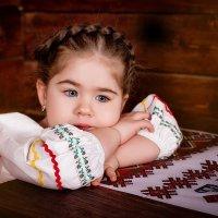 Девочка-красавица :: Криcтина Байрамкулова