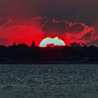 Закатик в Крыму :: Ардалион Иволгин