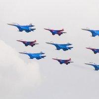 Апрель , стрижи прилетели. :: Андрей Куприянов