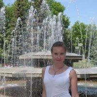 Вблизи фонтана :: Сергей Тагиров