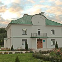 Игуменский дом. :: Олег Попков