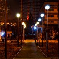 Ночь, улица, фонарь... :: Сергей Алексеев