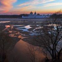 Разбитое зеркало зимы :: Роман Макаров