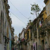 Прошлое и настоящее (Гавана, Куба) :: Юрий Поляков