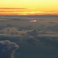 Закат ,над облаками.. :: Alexey YakovLev