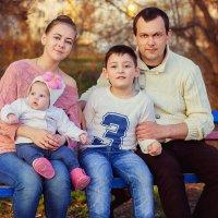 семья это счастье :: Лидия Веселова