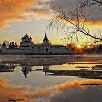 Свято-Троицкий Ипатьевский монастырь или Колыбель Русской Истории :: Краснов  Ю Ф