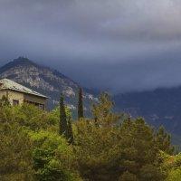 Дом под туманами :: M Marikfoto