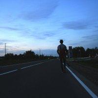 идущий вперёд. :: Олег Казаков