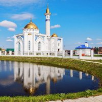 Мечеть у озера :: Любовь Потеряхина