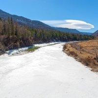 Крепкий лёд сковал реку :: Анатолий Иргл