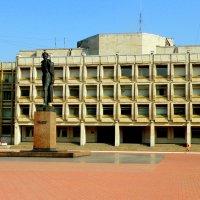 Памятник Дзержинскому у погрануправления :: Сергей
