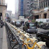 Экологический транспорт.Милан окт 2010г :: Alexey YakovLev