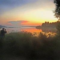 Фотосессия перед восходом солнца :: Валерий Талашов