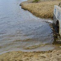 слив воды из озера :: Света Кондрашова