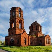 Церковь Казанской иконы Божией Матери :: Евгений Бичёв