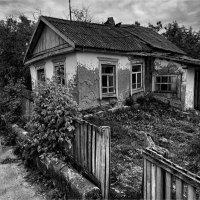 Дом у дороги... :: Беспечный Ездок