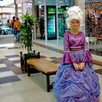 Принцесса в супермаркете :: Олег Кистенёв