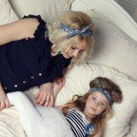 Кариша с мамой :: Петр Соленков