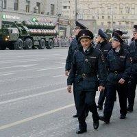 """Моя полиция меня бережет"" :: Nina Grishina"