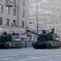 Броня крепка, и танки наши быстры! :: Nina Grishina