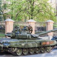 Был месяц май... :: Валерий Смирнов