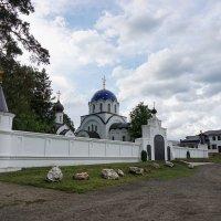 Главный вход женского монастыря :: Андрей Майоров