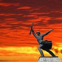 Вставай, страна огромная :: Михаил Кондратенко