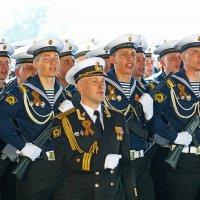 На парад в честь 71 годовщины ВЕЛИКОЙ ПОБЕДЫ ! (1) :: Александр Запылёнов