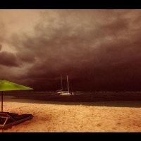 Вечерняя непогода...о.Маврикий! :: Александр Вивчарик