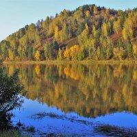 Осенние берега :: Сергей Чиняев
