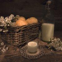 Хлеби молоко... :: Наталья