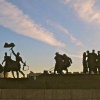 на площади Победы :: Елена