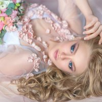 Нежное утро невесты :: Александра Гилета