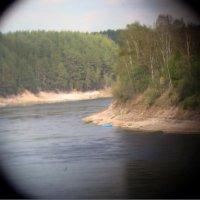 лодка на берегу Сухоны(монокулярное фото) :: Р о м a н