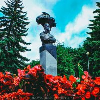 Памятник Есенину :: Сергей Удовиченко