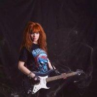рок-девушка :: Юлия Гировка
