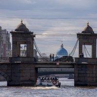 Просто еще один вид Петербурга с Невы :: Виктор М