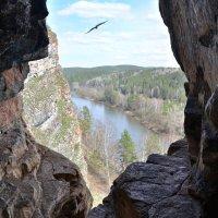 р.Юрюзань, вид из Идрисовой пещеры :: Геннадий Ячменев