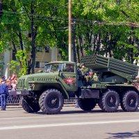 На площадь, на парад.. :: Юрий Стародубцев
