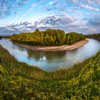 Цветущие берега Кубани. :: Фёдор. Лашков
