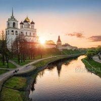 Малооблачный закат :: Юлия Батурина