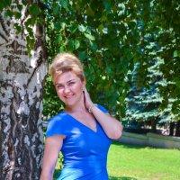 Фотосессия в голубом платье :: Сергей Тагиров