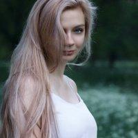 Весенняя... :: Julia VasilёK