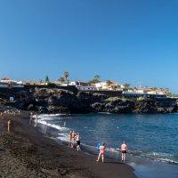 Черный пляж :: Witalij Loewin