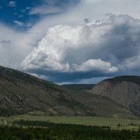 Облако в гора :: Константин Шабалин