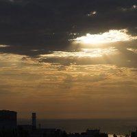 Небо. С балкона :: Наталья Кузнецова