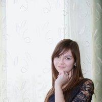 у окошка) :: Артём Пышкин